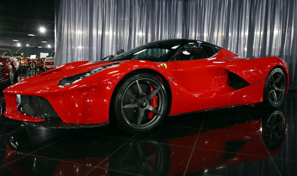 フェラーリの委託販売に適している人は?気をつけるポイントも解説 サムネイル画像`
