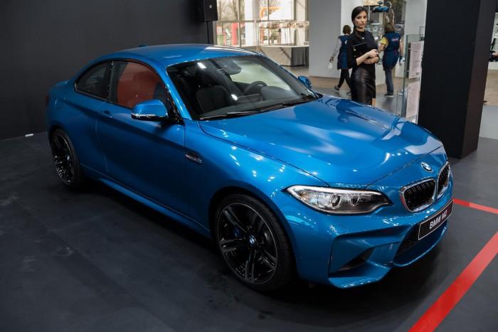 BMWの維持費は高い?内訳と安く抑えるためのポイント サムネイル画像`