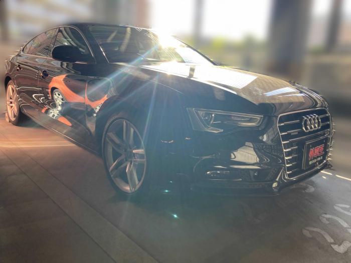 アウディA5スポーツバックお客様車両画像