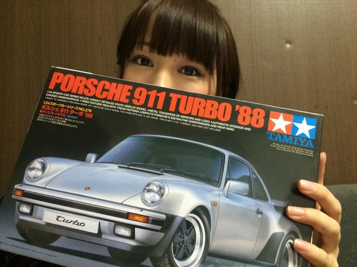はじめて制作する車のプラモデル!キットはこちら!