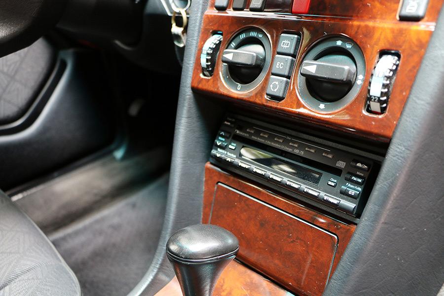 S124愛よ永遠に!「メルセデス・ベンツE320(S124)」オーナー、福井 英一さんへインタビュー@輸入車一期一会
