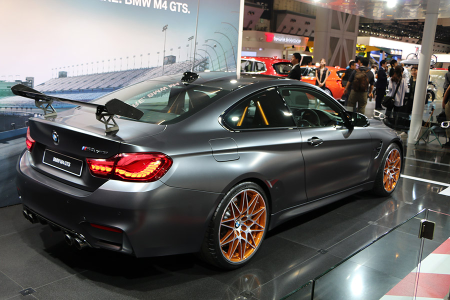 BMW M4GTSやシビックタイプRなど!東ホール レポート<第44回東京モータショー2015>