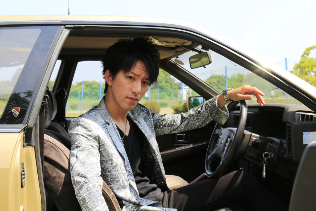 あぶない刑事、港303よ永遠に!レパードと柴田恭兵をこよなく愛する20代のリアルなカーライフとは?