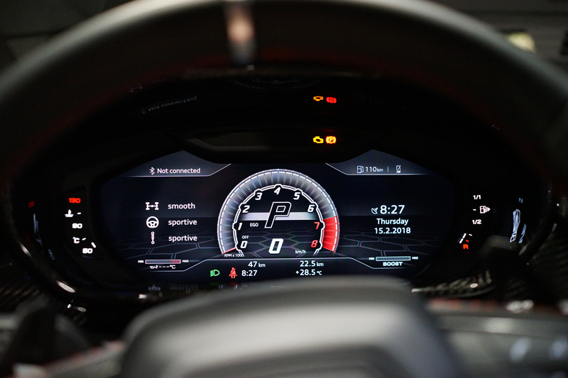「日本ではパワーがあったり、100km/h以上出せるクルマ」は、本当に意味がないのだろうか?