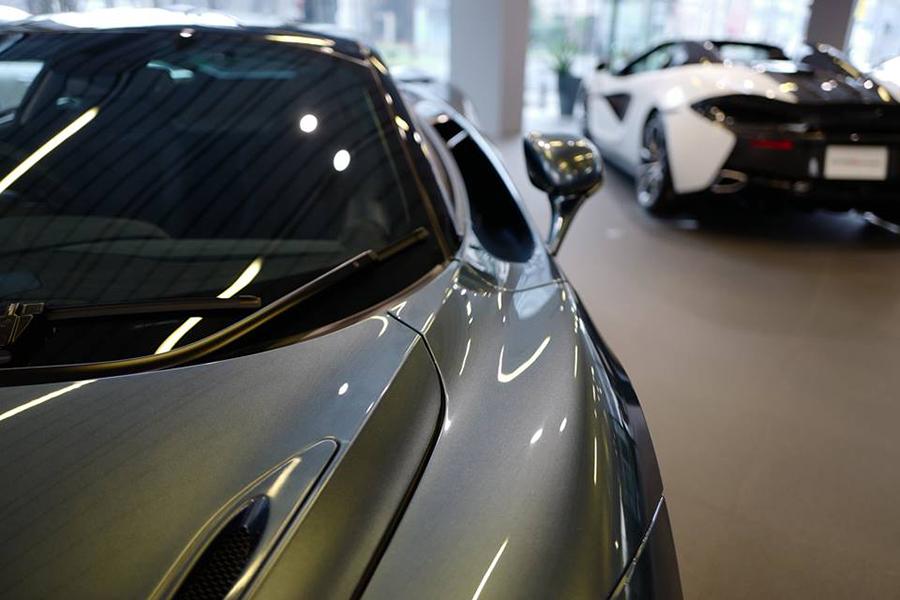 ファッションアイテムか、それとも高性能か?現代のスーパーカーオーナーが求めるものとは?
