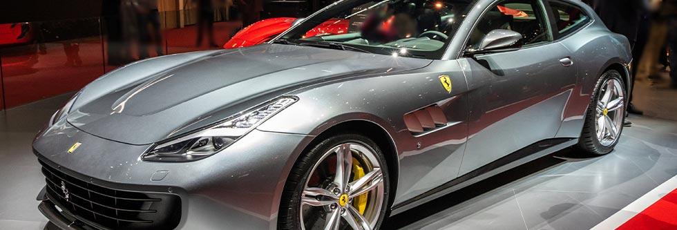 フェラーリ GTC4ルッソイメージ
